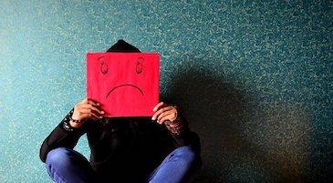 Una persona in un momento di stress